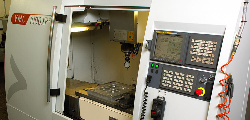 Bridgeport vertical machining centre